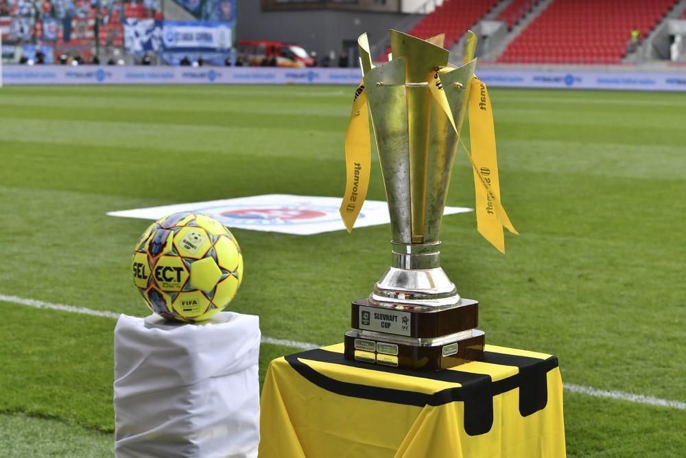 Neprehrali, no končia. Slovnaft Cup dohrajú iba tímy z prvej a druhej ligy