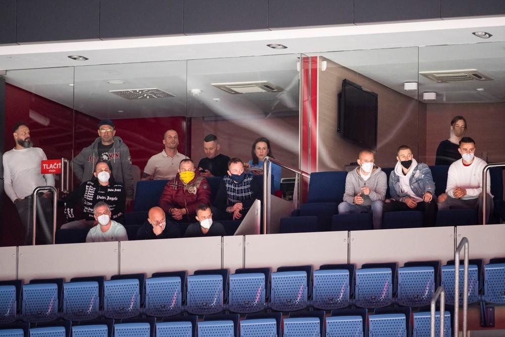 Eufória opadla. Čo čaká fanúšikov, ktorí chcú zažiť hokejové finále?