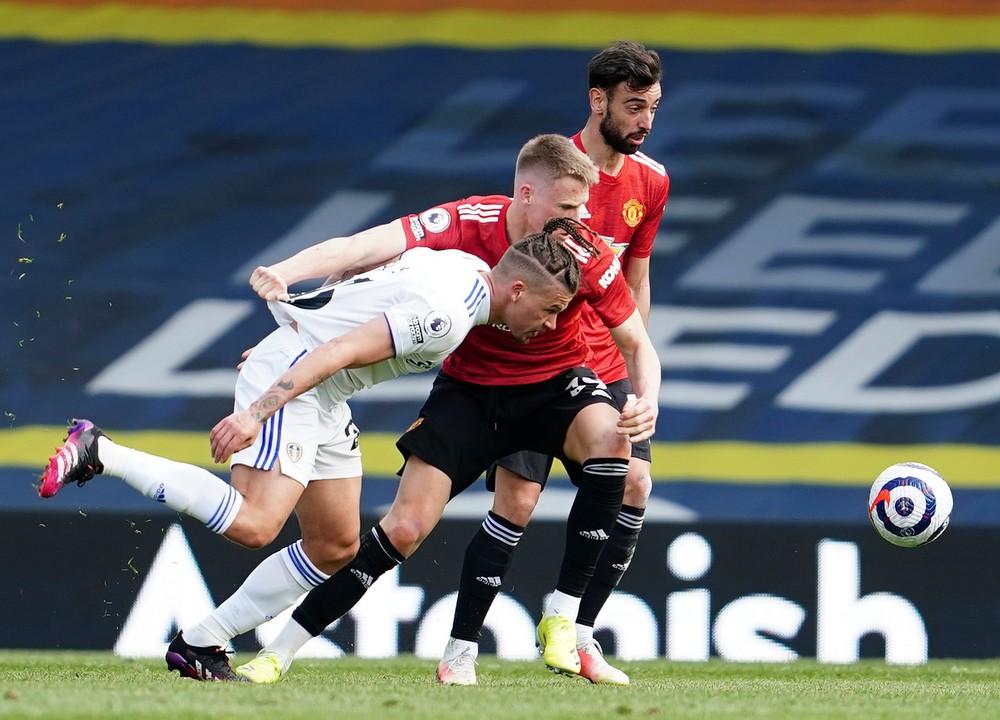 Nováčik z Leedsu zaskočil ďalší veľkoklub, Burnley uštedril nečakaný debakel