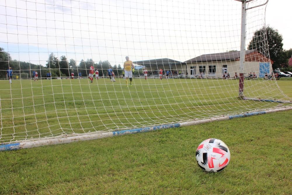 Otvárajú sa futbalové štadióny. Trénovať môžete za týchto podmienok