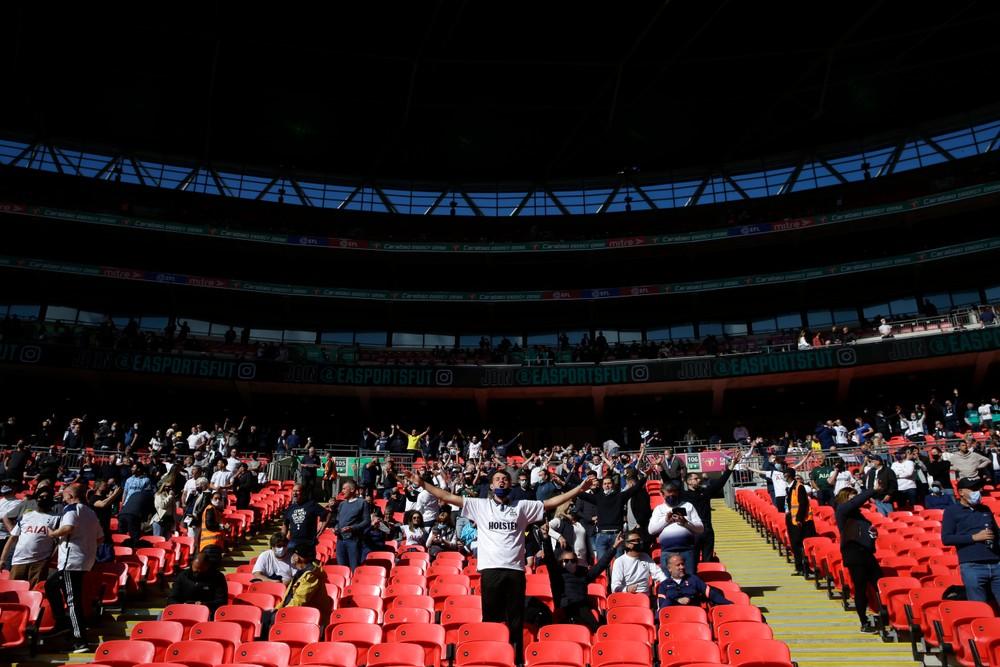Fanúšikovia sa vrátili na futbal. Bolo to ako vianočné ráno, hovorí jeden z nich