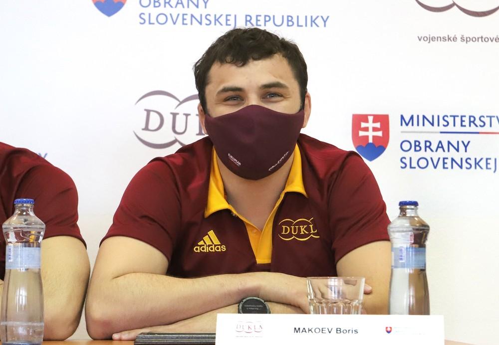 Z MS aj ME už medaily má. Slovenský zápasník Makojev si vybojoval olympiádu