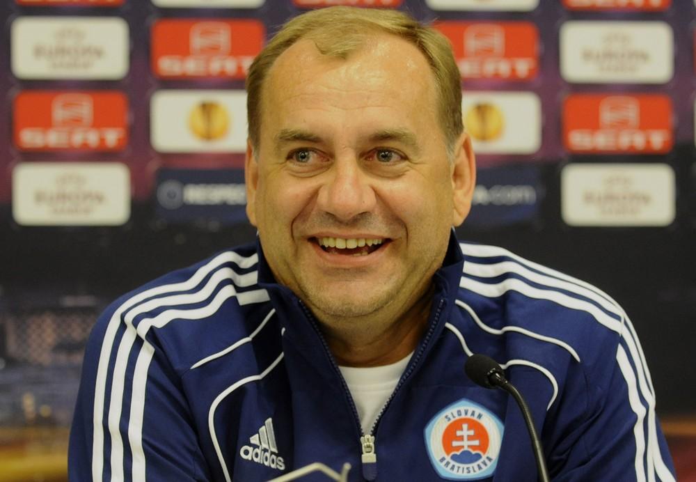 Weiss so Slovanom dobyl Rím, ale skončil za Trnavou. Raz odišiel taxíkom