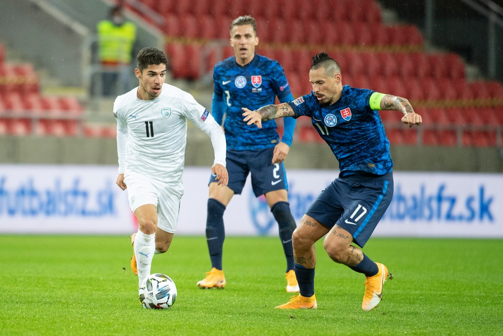 Lewandowski nie je najlepším strelcom Poľska. Ako vníma UEFA Slovensko?