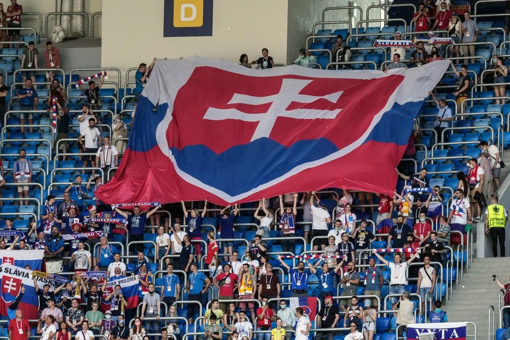 Na najťažší zápas Slovenska prídu len domáci fanúšikovia. Dôvodom pandémia