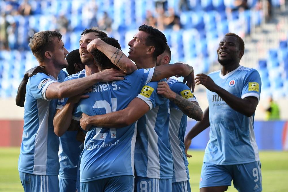 Slovan zvládol zápas v Gibraltári, dva góly pripravil Weiss