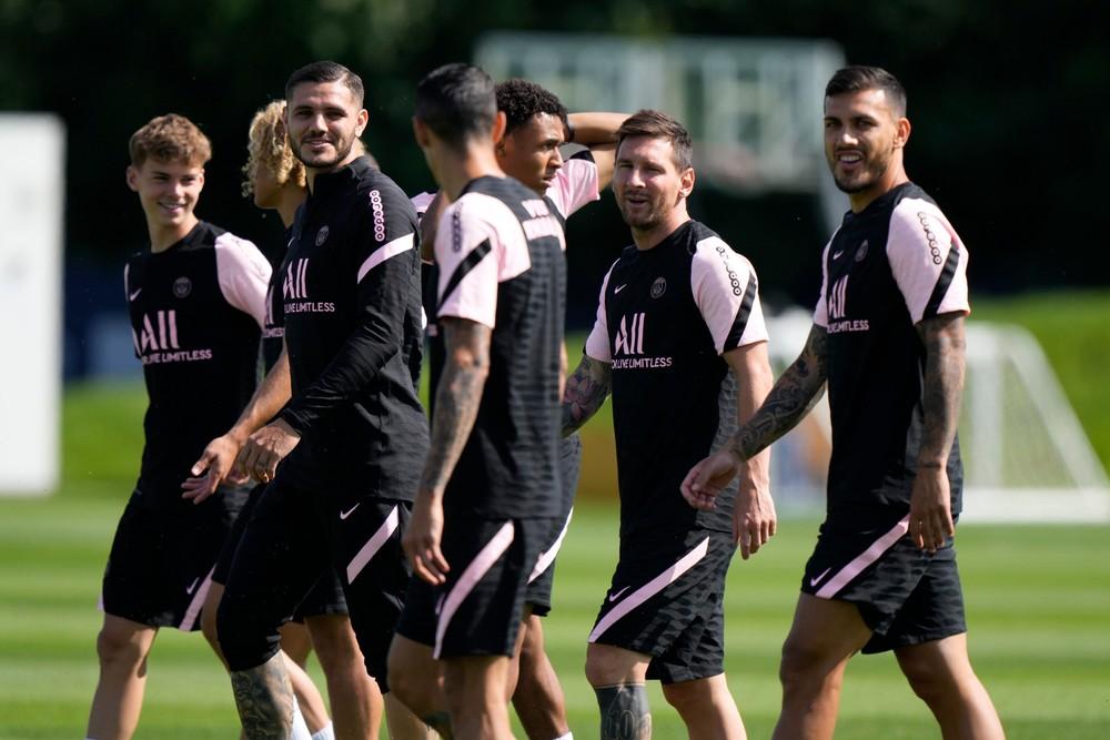 Messi má za sebou prvý tréning za PSG, na ihrisku nebol mesiac