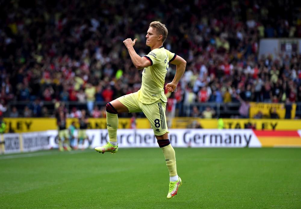 Manchester City doma nečakane zakopol, Arsenal tesne vyhral v Burnley