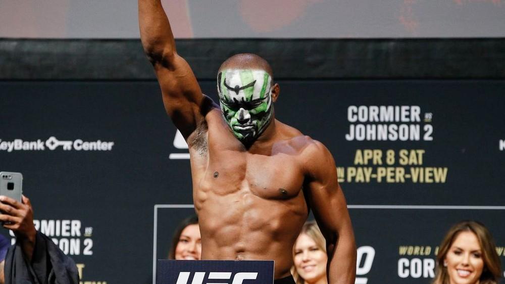 UFC: Návrat do New Yorku? Šampióna čaká odveta najťažšieho zápasu kariéry