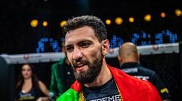 Nazval ho teroristom. On mu to vrátil aj s úrokmi a získal miesto v UFC