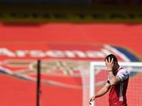 Švajčiari prišli o kapitána, stredopoliar Arsenalu si poranil koleno
