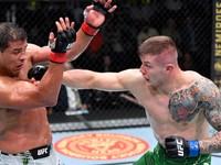 UFC: Päťkolová vojna v prospech Vettoriho, Costa hovorí o zranení
