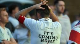 Angličania budú pykať za bitky vo Wembley, UEFA začala disciplinárne konanie