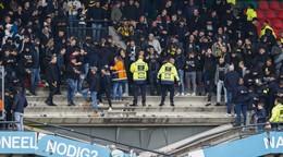 Po zápase sa zrútila časť tribúny, fanúšikov zachránil kontajner