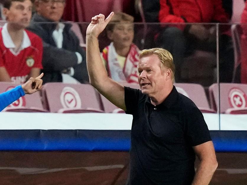 Barcelona ešte môže zabojovať o titul, myslí si tréner Koeman