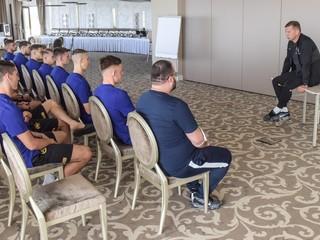 U21 – Tréner Kentoš privítal na zraze 14 hráčov: Musíme byť na seba nároční