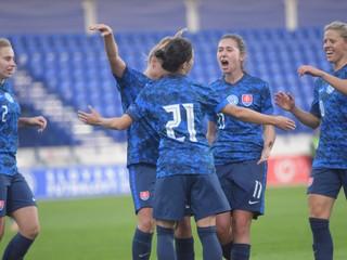 ŽENY A - Po Gruzínsku spokojnosť s bodmi, gólov mohlo byť viac