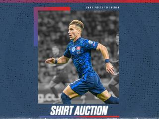 MUŽI A - Unikátna dražba: Získajte jedinečné modré zápasové dresy sokolov