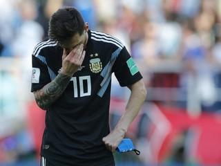 Messi zlyhal. Vychytal ho muž, ktorý sa nedávno živil reklamou