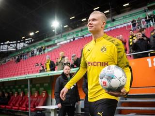 Hviezda Bundesligy bude v nedeľu chýbať, Nóra zranil rozhodca