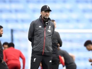 Počet zranení sa zvyšuje. Tréneri Premier League chcú návrat jedného pravidla