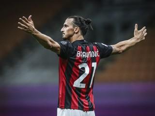 Odchod sa odkladá. Ibrahimovič zostane v AC Miláno