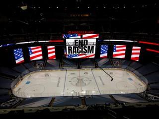 Sociologička: NHL za protestami v boji proti rasizmu zaostáva
