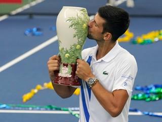 Djokovič predviedol skvelý obrat, vyrovnal rekord Nadala