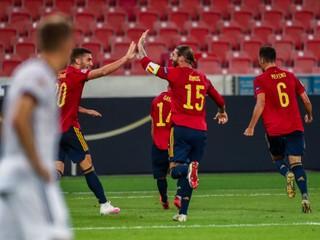 Nemci remizovali so Španielmi, Maďari zaskočili parádnym gólom Turkov