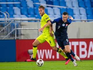 Slovenskí futbalisti vstúpili do Ligy národov prehrou s Českom, v derby dostali tri góly