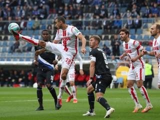 Kolín s Dudom opäť nezískal body, Augsburg šokoval Dortmund