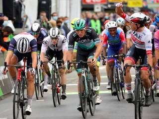 Ackermann vyrazil príliš skoro, úvodnú etapu na BinckBank Tour vyhral Philipsen