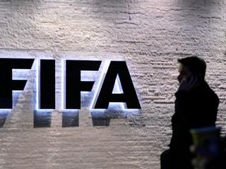 FIFA obmedzí agentom zisky z prestupov, tí sa búria