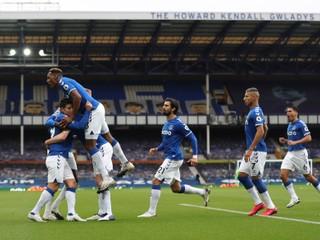 Liverpool stratil ďalšie body, v šlágri remizoval s mestským rivalom Evertonom