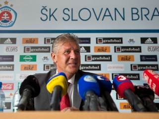 Do korupcie v českom futbale má byť zapletený aj bývalý tréner Slovana