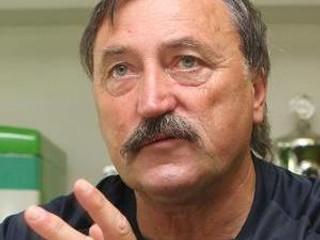 Pod psychickým tlakom sú Slováci, tvrdí Panenka