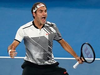 Federer vyhral päťsetovú bitku s Nišikorim a postúpil do štvrťfinále