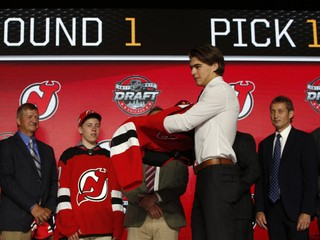 Jednotkou draftu NHL je Európan, v prvom kole si vybrali až dvoch Čechov