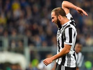 Pirlo: Dybala ostáva v Juventuse, Higuain nadobro skončil