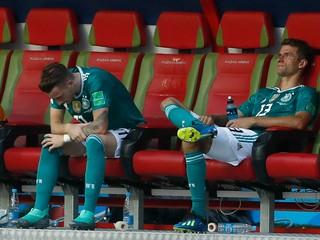 Löw prekvapil, trojica hráčov Bayernu Mníchov si už v reprezentácii nezahrá