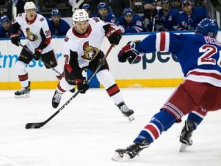 Sám nečakal, že odohrá toľko zápasov. Mladý Slovák získava miesto v NHL