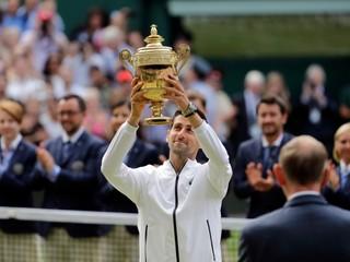Djokovič po veľkej dráme zdolal Federera a piaty raz vyhral Wimbledon