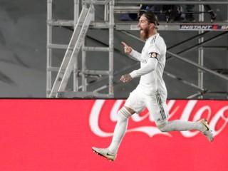 Ramos spasil Real gólom z penalty, Barcelona stráca už štyri body