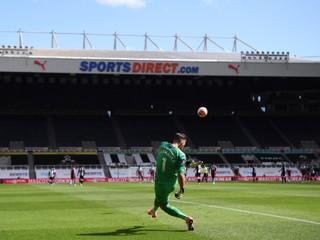 Dúbravka nemal po chybe obrancu šancu, Liverpool napravil zaváhanie