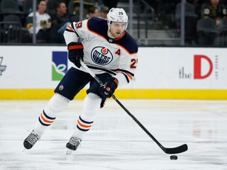 Napodobní McDavida? Draisaitl môže získať ďalšiu prestížnu trofej NHL