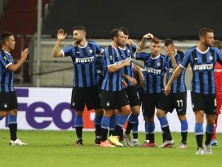 Inter je blízko finále, no Škriniar stratil pozíciu v tíme