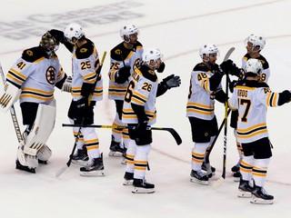 Protesty v Amerike podporuje aj NHL. Prerušili ligu na dva dni