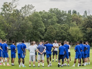 Slovan zdolá Klaksvík aj s juniormi, tvrdí expert