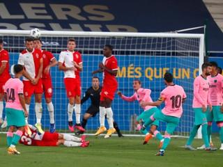 Messi sa opäť baví futbalom, v prípravnom zápase strelil parádny gól