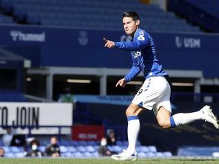 Rodák ostal na lavičke, jeho kolega dostal štyri góly. United prekvapivo prehrali